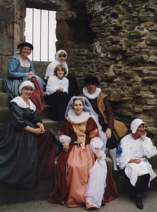 Marie Stuart - Fleur d'Ecosse. Colour image of the cast sitting in the chapel window.